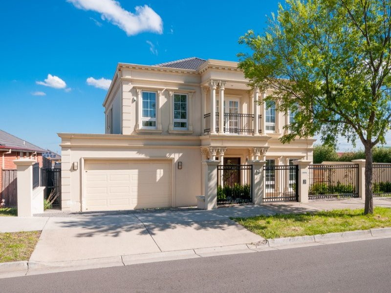 37 Royal Terrace, Craigieburn, Vic 3064