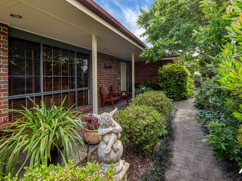 30 Brandy Creek Road, Warragul, Vic 3820