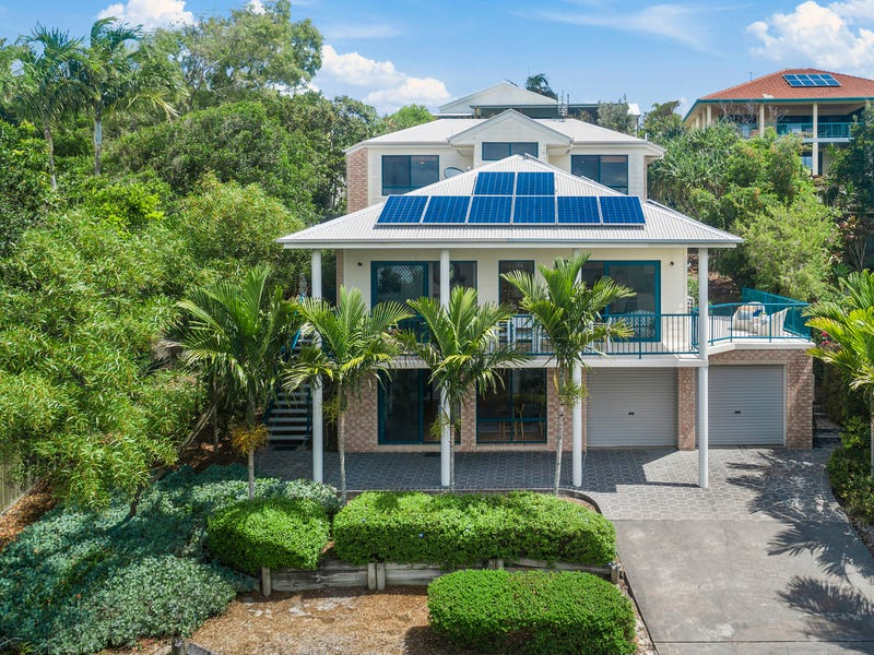 9 Voyagers Place, Sunrise Beach, Qld 4567