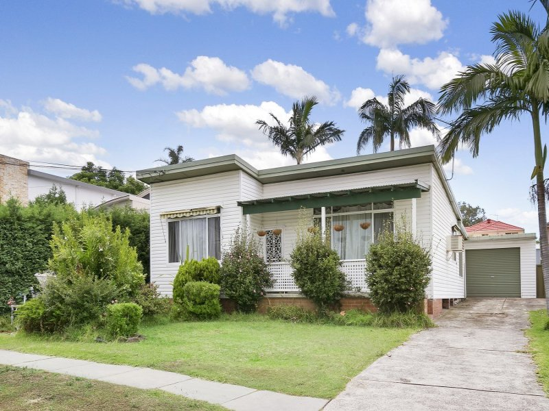 126 Holt Road, Taren Point, NSW 2229