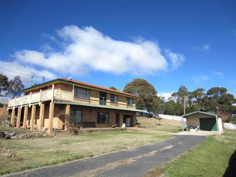 19 Tasman Street, Oberon, NSW 2787