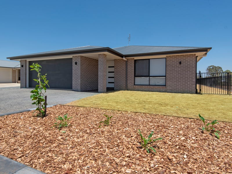 30 Myrtleford Crescent, Cambooya, Qld 4358