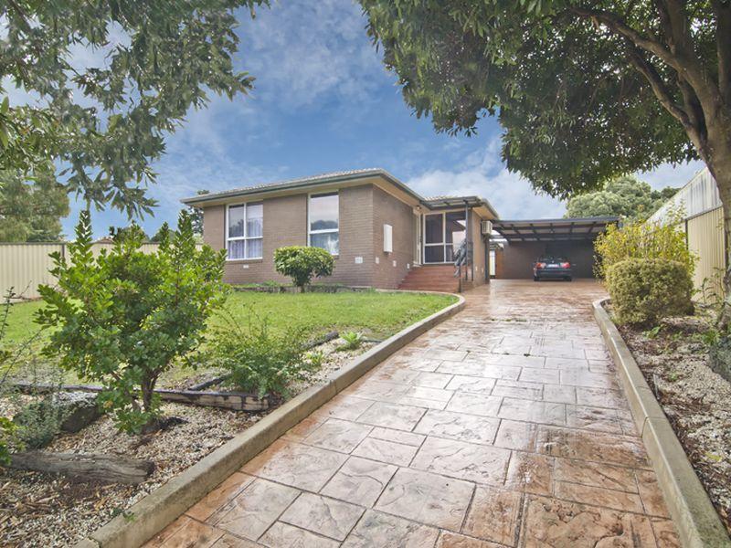 11 Bedford Court, Endeavour Hills, Vic 3802