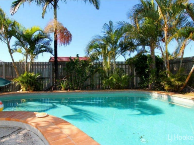 4 Squire Place, Sandstone Point, Qld 4511