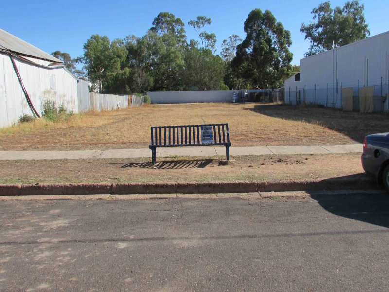 32-34 Bathurst St, Brewarrina, NSW 2839
