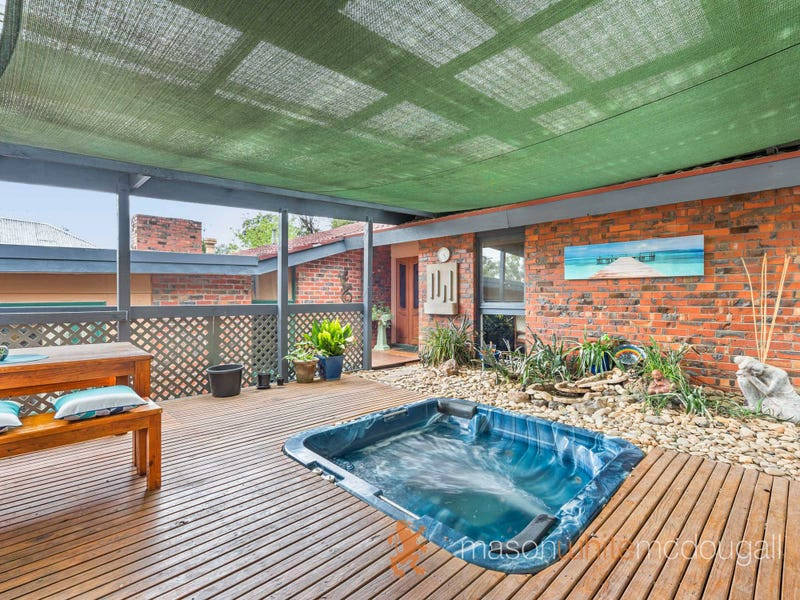 5 Fairdell Crescent, Hurstbridge, Vic 3099