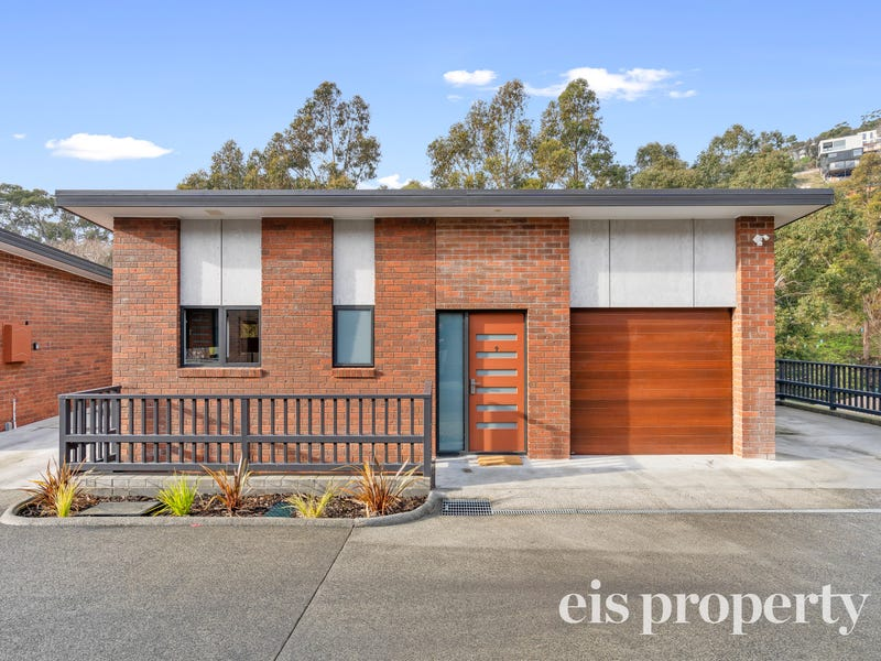9/8A Romilly Street, South Hobart, Tas 7004