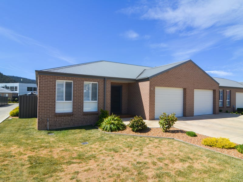13 Hoskins Avenue, Lithgow, NSW 2790