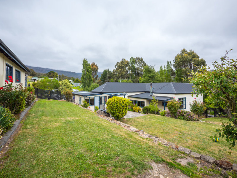 2 Hall Road, Collinsvale, Tas 7012