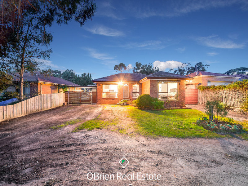 94 Warneet Road, Blind Bight, Vic 3980