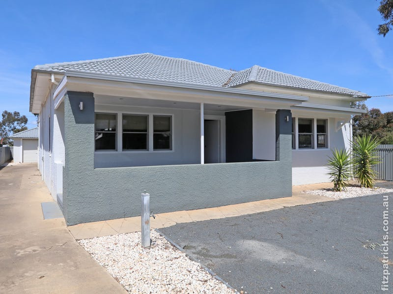 3 Hampden Avenue, North Wagga Wagga, NSW 2650