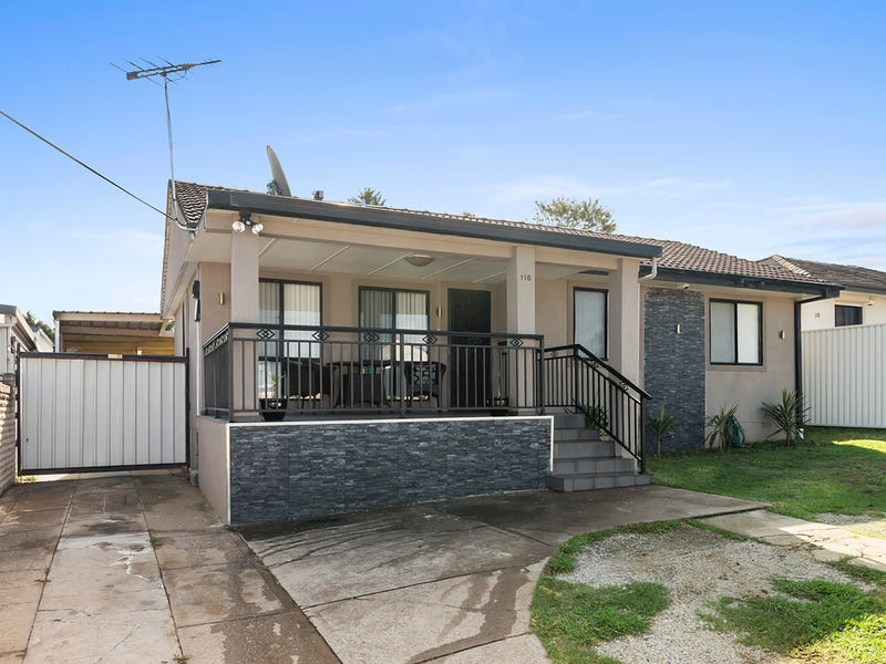 116 Gabo Crescent, Sadleir, NSW 2168