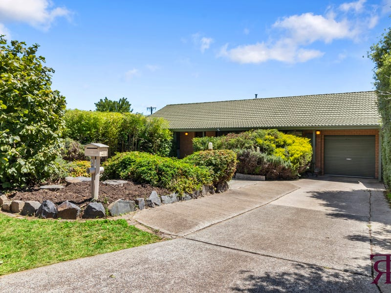 21 Boswell Crescent, Florey, ACT 2615