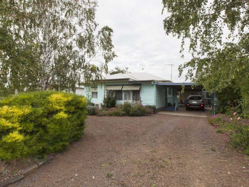 2083 Glenelg Highway, Lake Bolac, Vic 3351