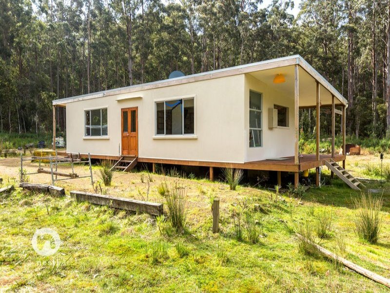 8703 Huon Highway, Southport, Tas 7109