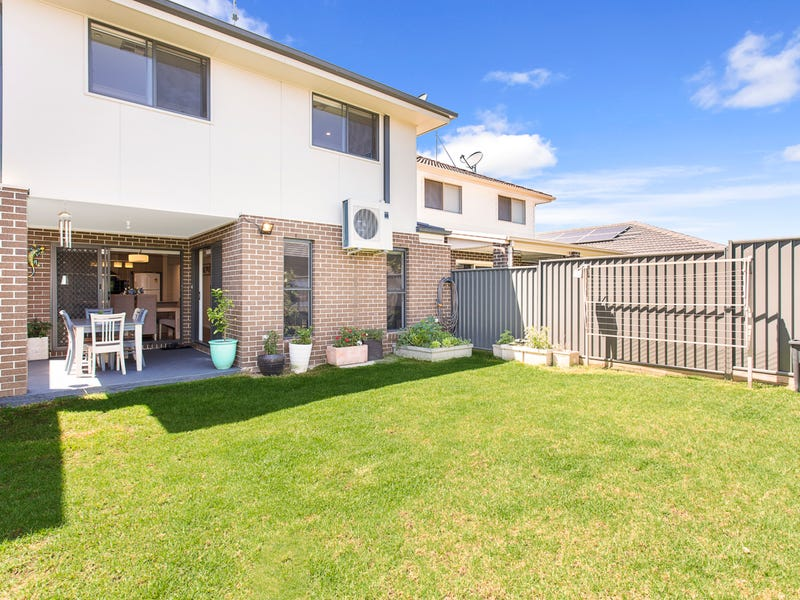 17 Stephenson Drive, Ropes Crossing, NSW 2760