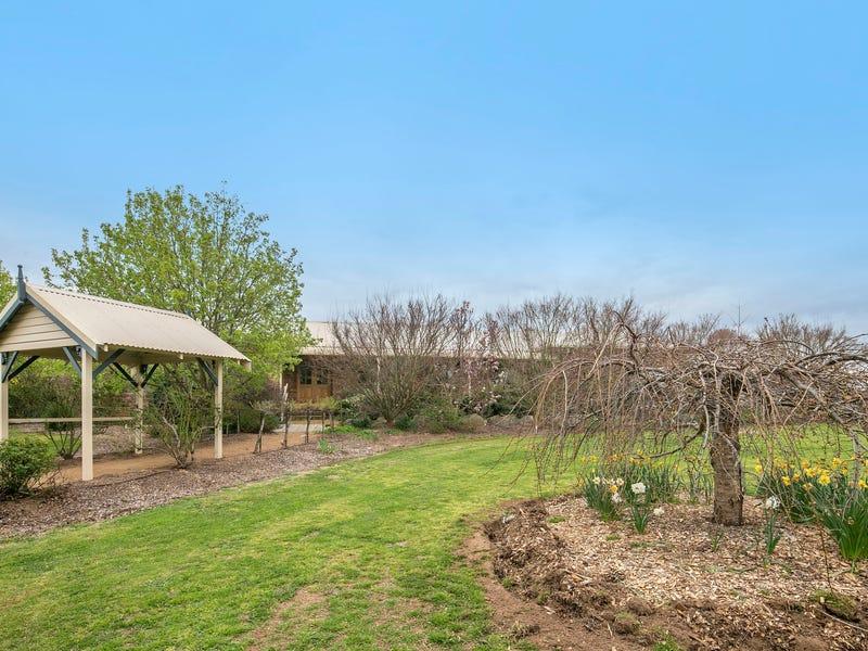 2 Llewellyn Drive, Braidwood, NSW 2622