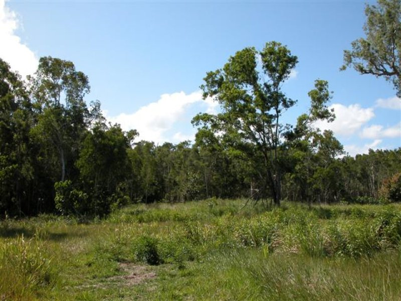 Address available on request, Hull Heads, Qld 4854