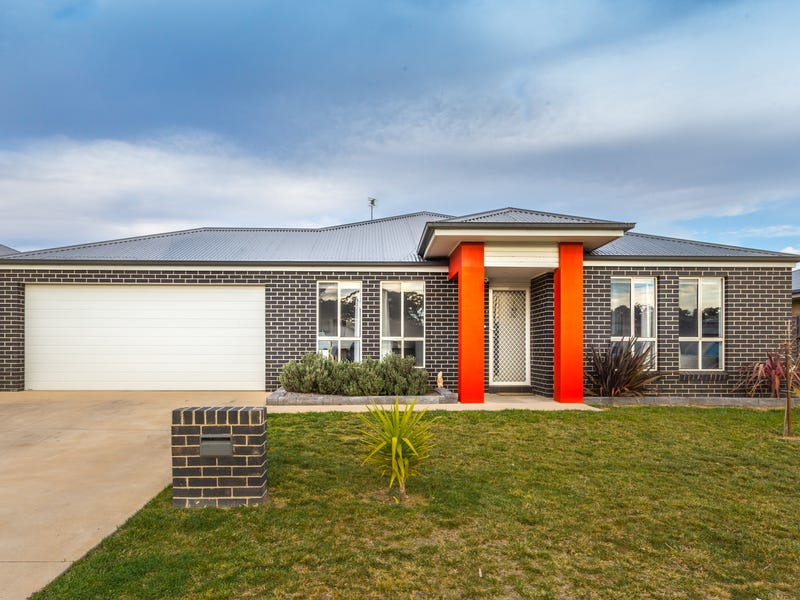 82 William Maker Drive, Orange, NSW 2800