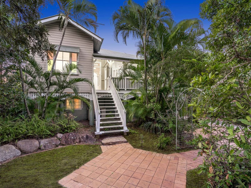 26 Ernest Street, Manly, Qld 4179