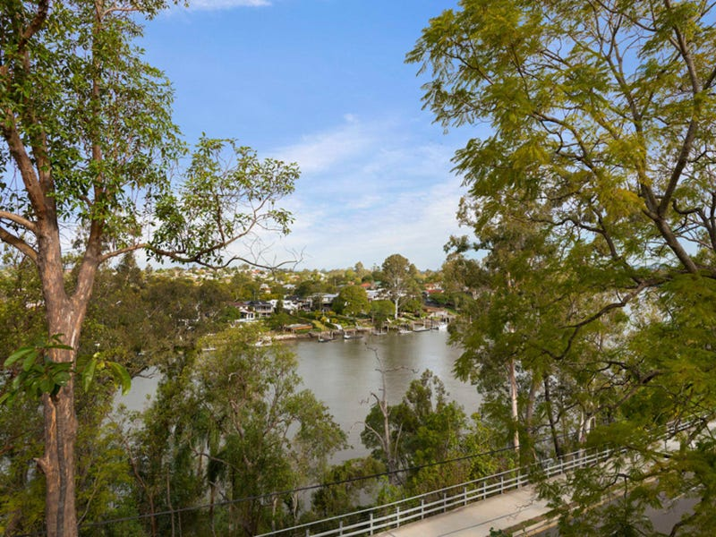 95 The Esplanade, St Lucia, Qld 4067