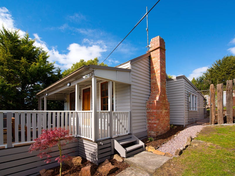 33 King Street    LEASED, Daylesford, Vic 3460
