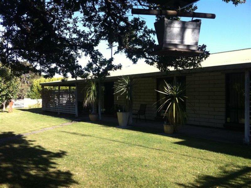 2 Laurel Terrace, Robe, SA 5276