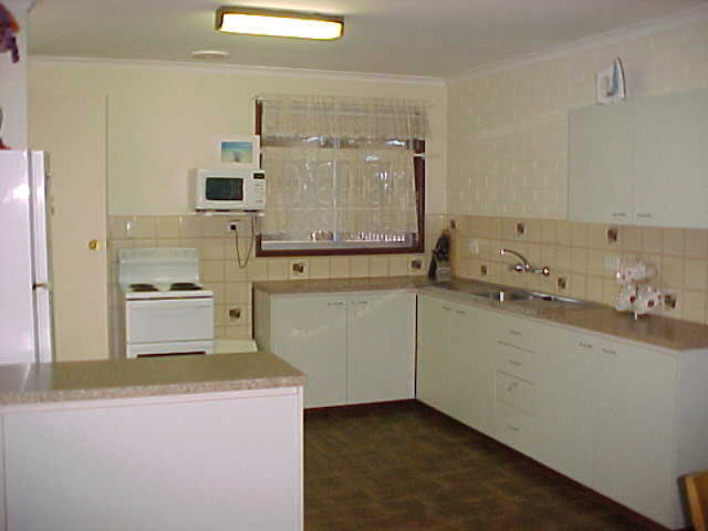 8/1 Maidstone Cresent, Exmouth, WA 6707
