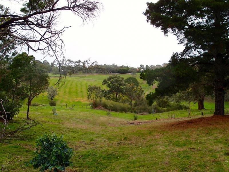 669 Kangaroo Ground - St Andrews Road, Panton Hill, Vic 3759