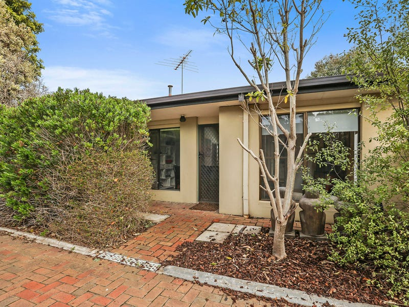 6 surfers avenue ocean grove