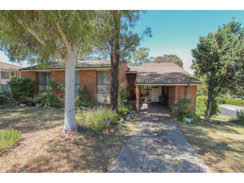 6 Bassett Drive, West Bathurst, NSW 2795