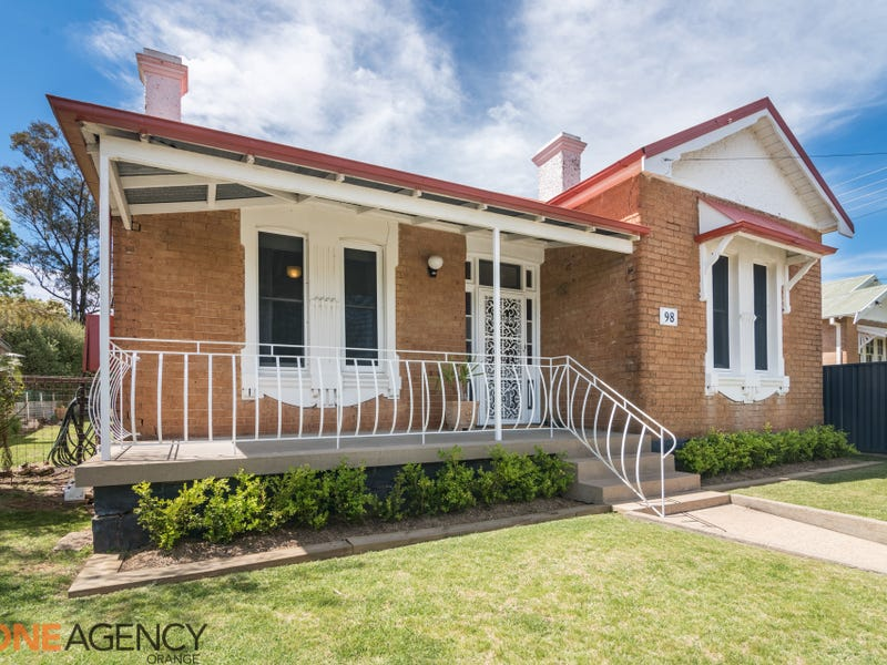 98 Clinton Street, Orange, NSW 2800