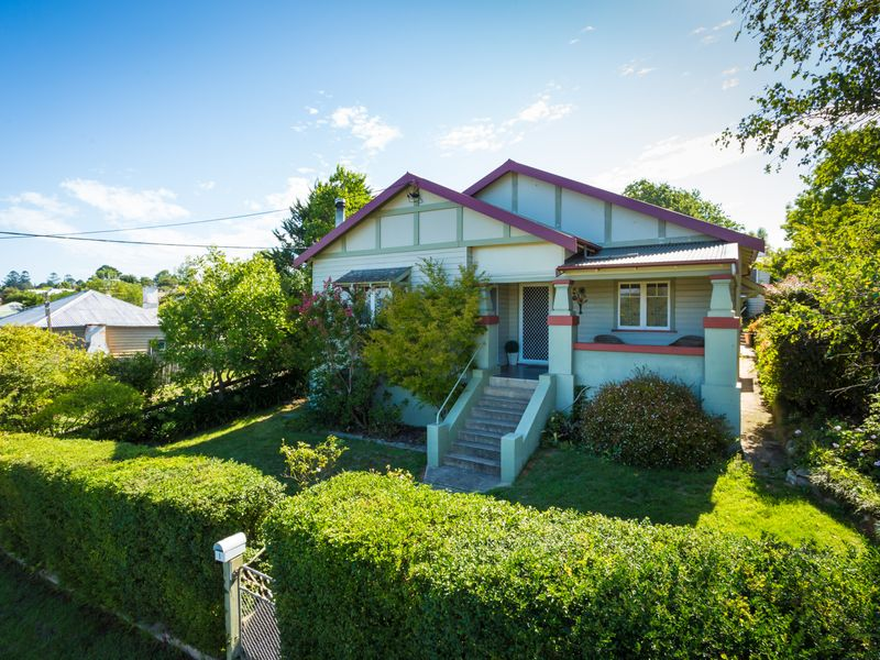 1 Gordon Street, Bega, NSW 2550