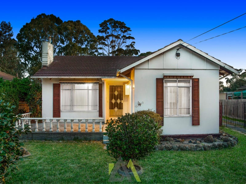 4 Pine Street, Frankston North, Vic 3200