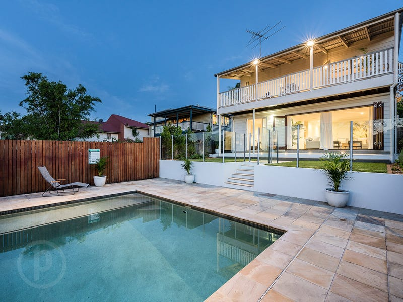 66 Thackeray Street, Norman Park, Qld 4170