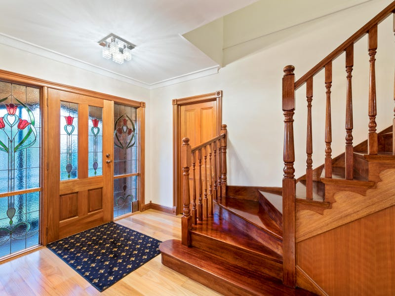 14 Gumtree Close, Wheelers Hill, Vic 3150