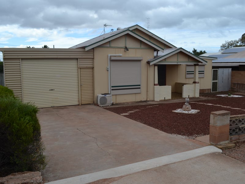 30 Angwin Street, Whyalla Playford, SA 5600