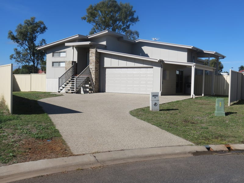 16 Ivers Place, Emerald, Qld 4720