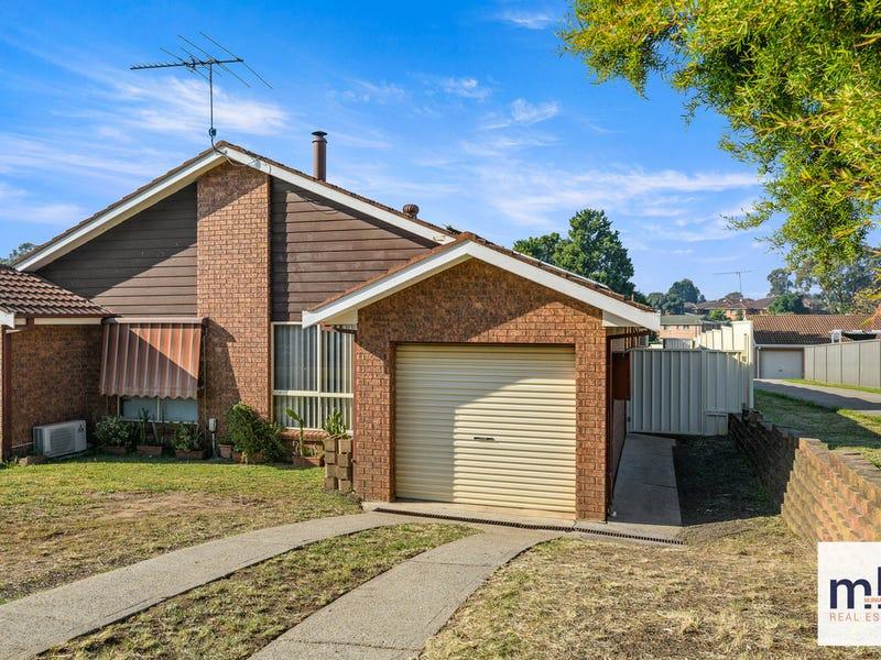 2/102 Chasselas Avenue, Eschol Park, NSW 2558