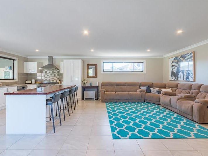 21 Boonal Street, Singleton, NSW 2330