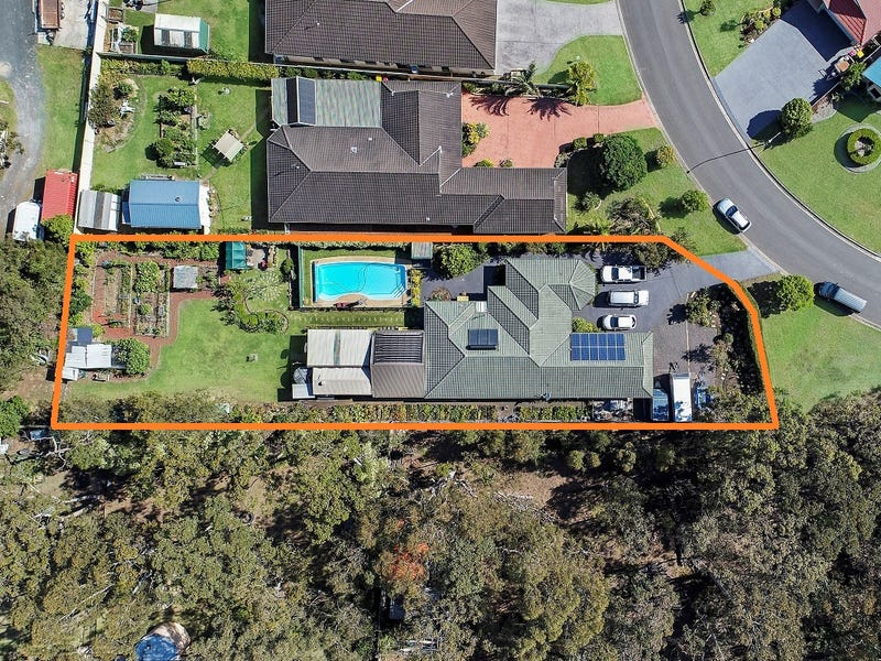 19 Sheraton Circuit, Bomaderry, NSW 2541