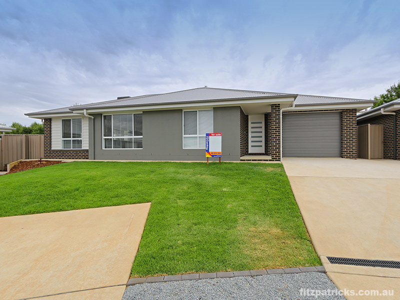 4/26 Pooginook Place, Bourkelands, NSW 2650