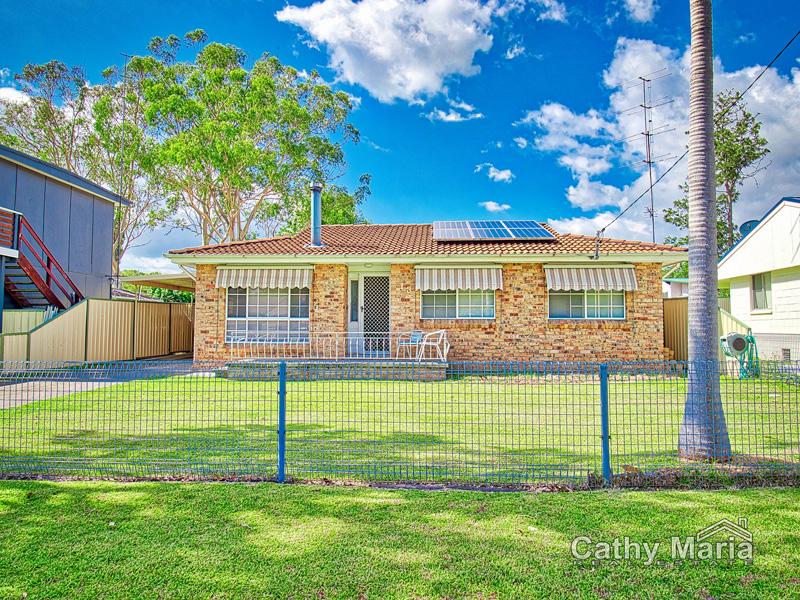 13 Spencer Road, Mannering Park, NSW 2259
