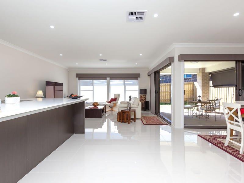 11 Bowerman Road, Elderslie, NSW 2570