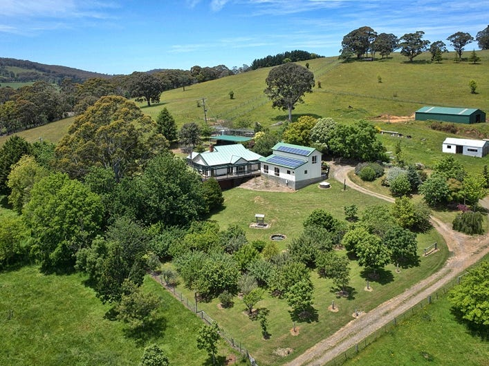 1010 Romsey Road, Hesket, Vic 3442