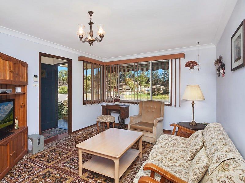 3 Lucas Crescent, Berkeley Vale, NSW 2261