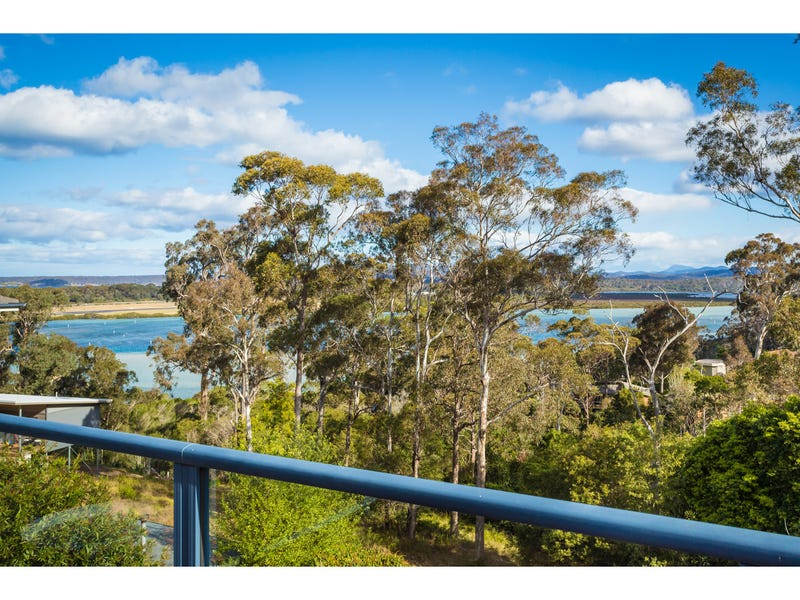 27 John Close, Merimbula, NSW 2548