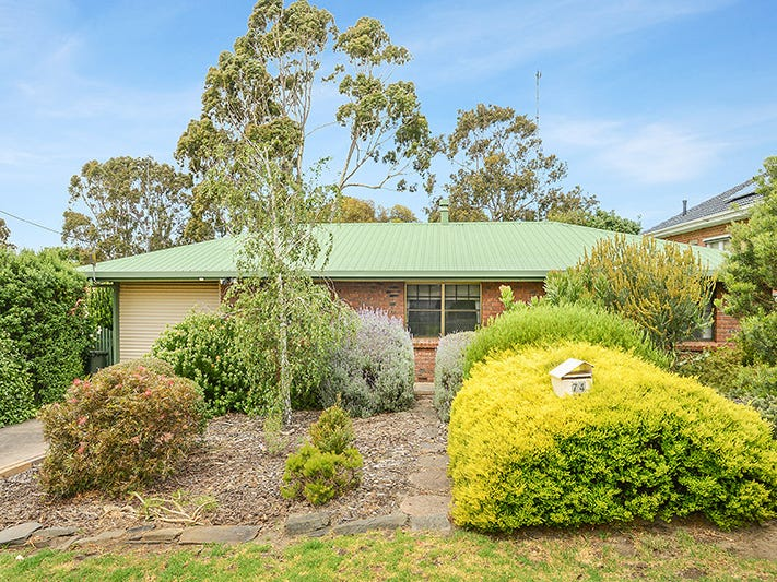 74 Canterbury Road, Victor Harbor, SA 5211