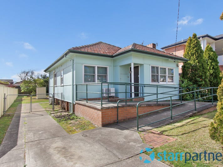 12 Gazzard St, Birrong, NSW 2143