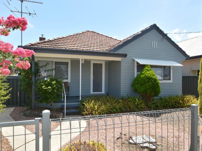 7 West Avenue, Cessnock, NSW 2325